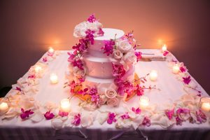 wedding-cake-flower-arrangements-14